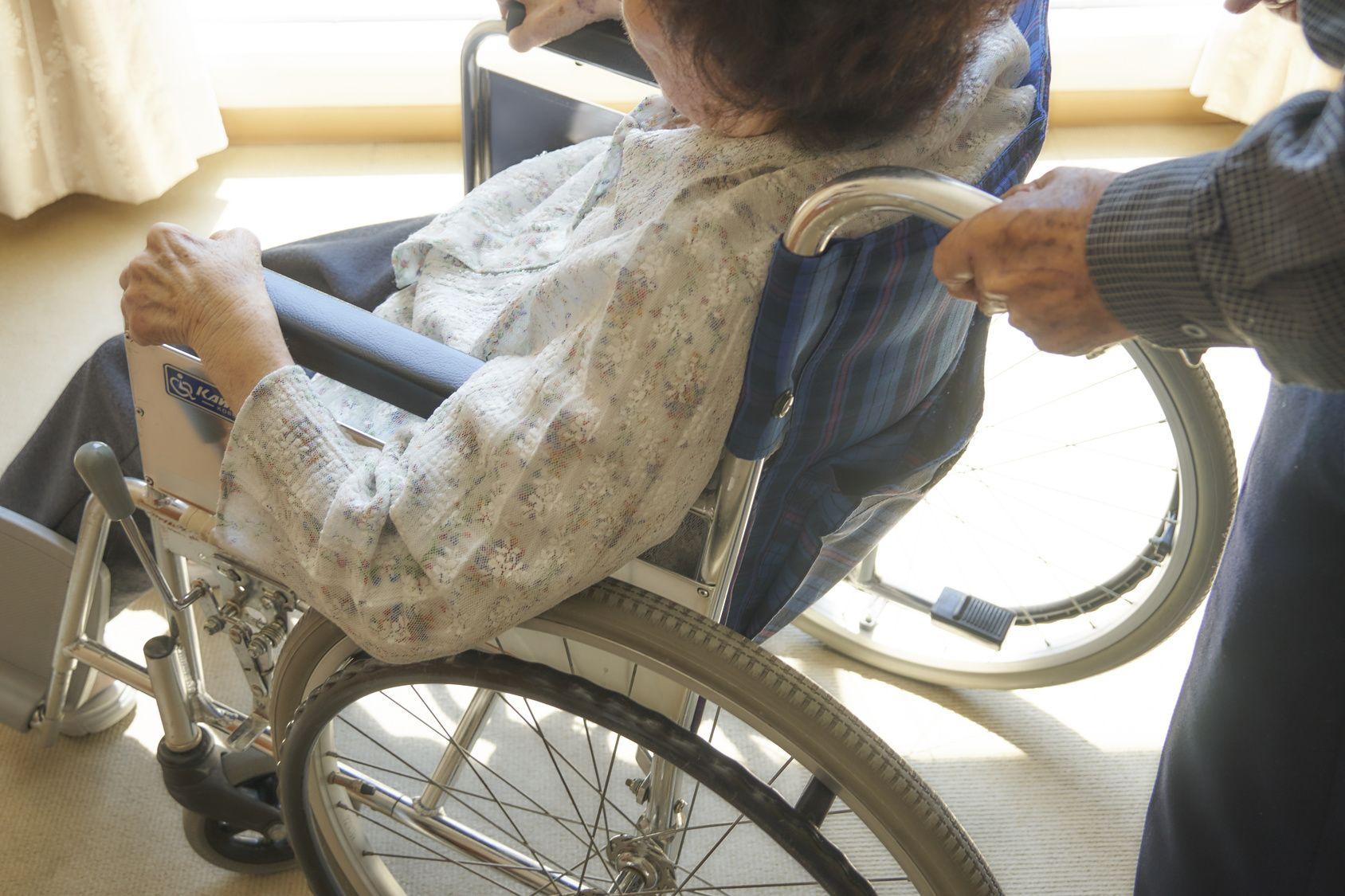 患者的接送/患者さんの移送