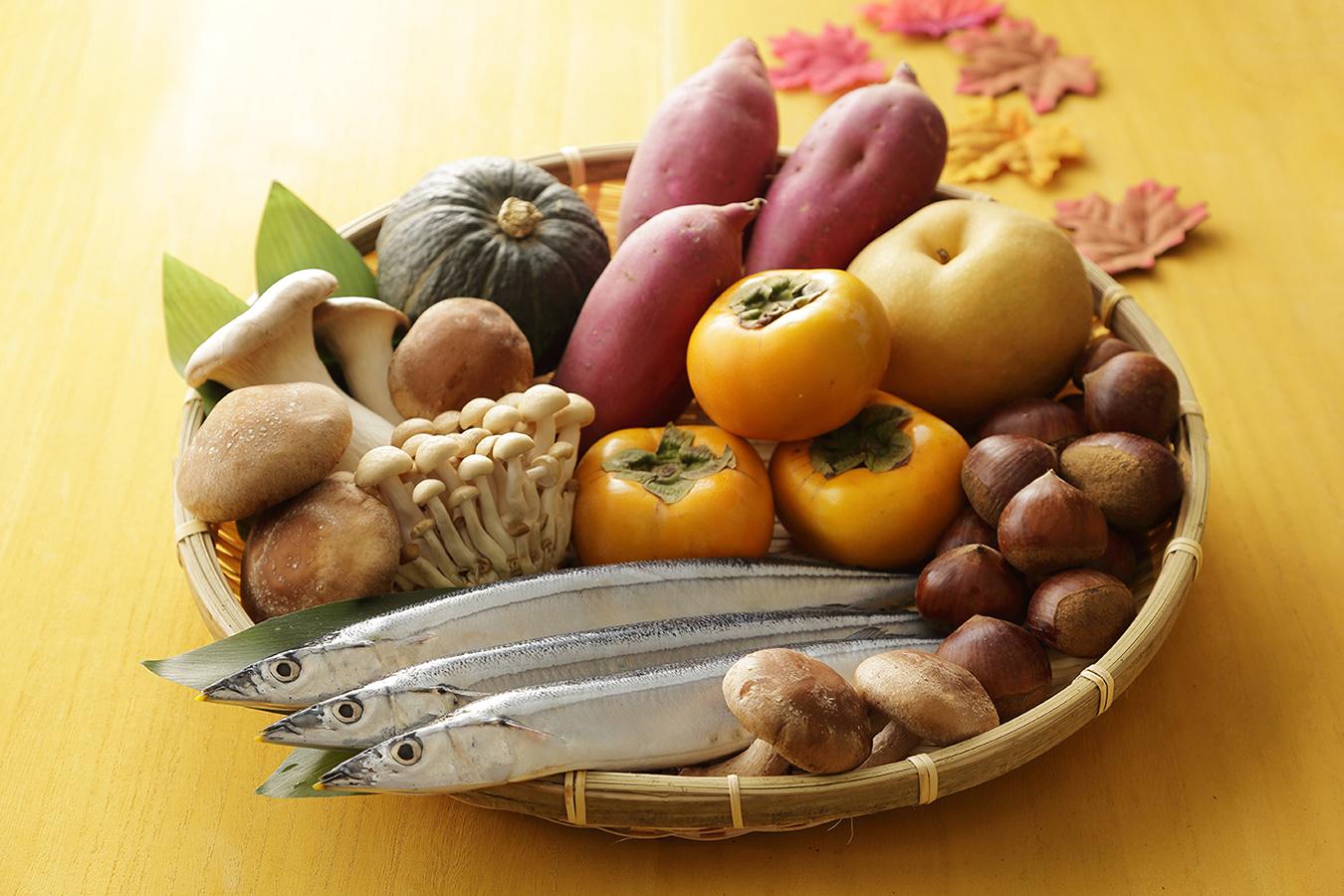 शरद ऋतुको खानेकुरा/秋の食べ物