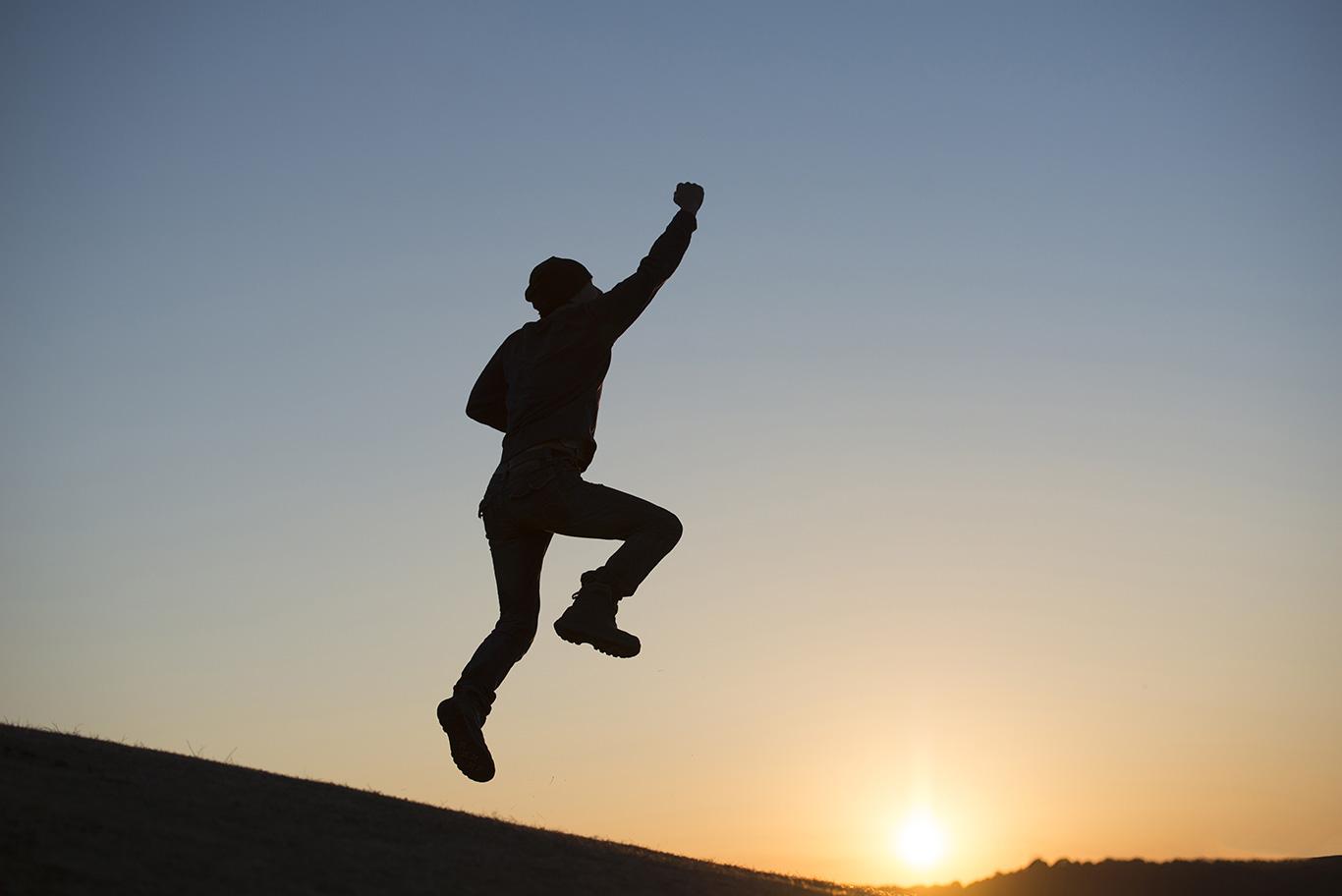 ကြိုးစားနေတဲ့သူအတွက်ကောင်းသောအရာက အမြဲရှိပါတယ်။ /頑張っている人には必ず良い事がある