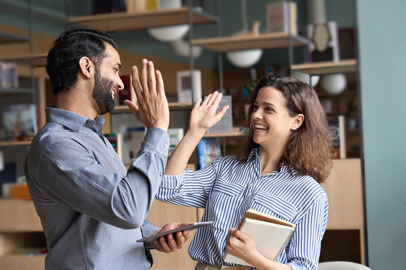 အလုပ်မှာကောင်းမွန်တဲ့ပတ်သက်မှုမျိုးကိုပြုလုပ်ကြပါစို့။/職場でいい関係を作ろう